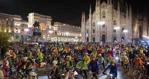 Milan cyclists head for Lake Maggiore – in the dark