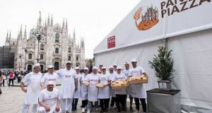 Bread and cakes in Milan's Piazza Duomo