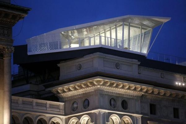 """""""The Cube"""" restaurant opens in Milan"""
