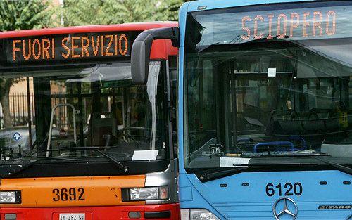 Transport strikes hit Milan