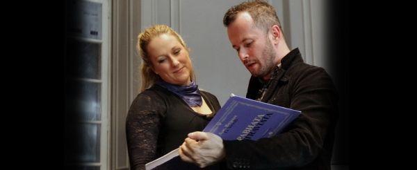 La Traviata by Verdi opens La Scala