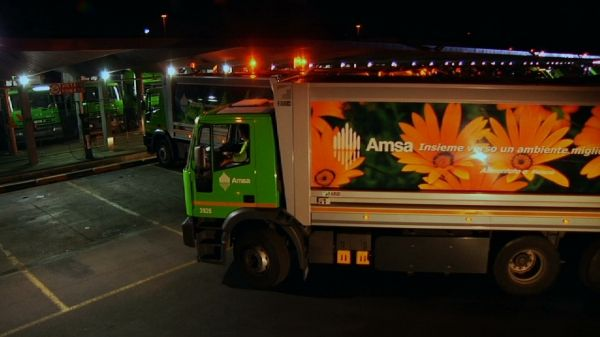 Kitchen waste collection extended