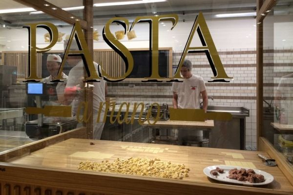 Eataly opens in Milan