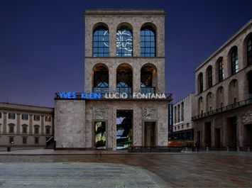 Klein, Fontana exhibit in Milan