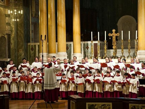 Westminster Cathedral Choir sings in Milan