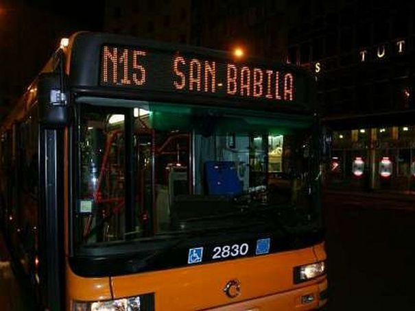 Milan's night buses now run all week