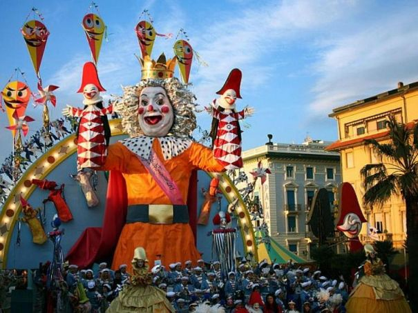 Milan gears up for Ambrosian carnival