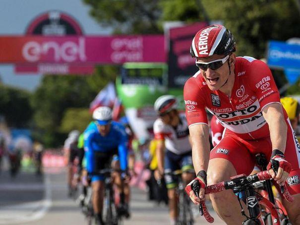 Giro d'Italia closes Rho streets