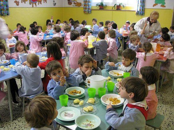 "Milan schools say ""addio"" to plastic"