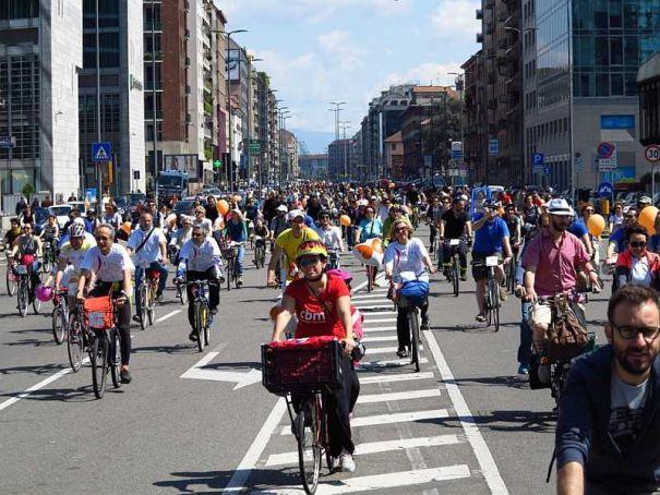 Milan celebrates biking with Cyclopride