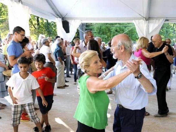 Milan opens open-air dancehall for summer