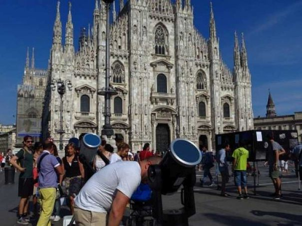 Astronomy day in Milan's Piazza Duomo
