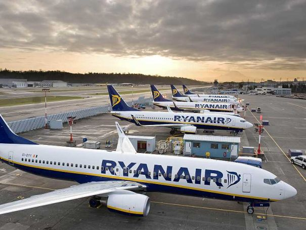 Ryanair publishes list of cancelled flights