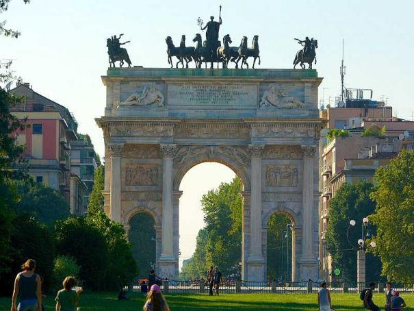 Milan's Arco della Pace open for free visit