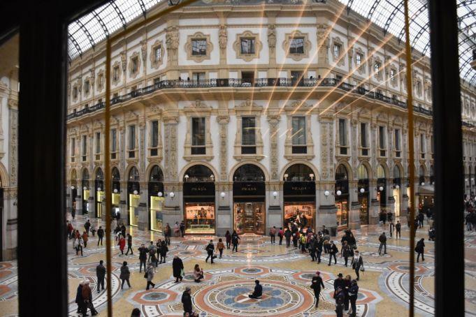 Where to take a coffee break inside Galleria Vittorio Emanuele II