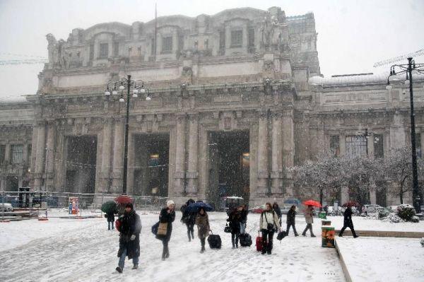 Snow in Milan - image 2
