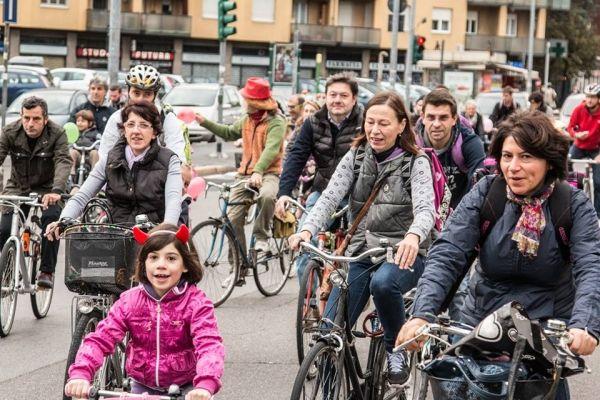 Bike to school day in Milan - image 3