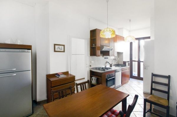 Furnished 1br apartment, good location, reasonable rate - image 1