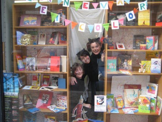 Il Libro - The international bookshop - image 2