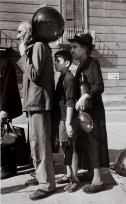 Robert Capa in Italy 1943-44 - image 1