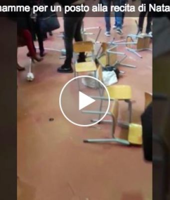 Mums fight each other over best seat at kids Christmas play in Sicily