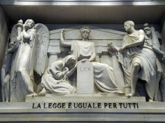 Milan lawyers offer free advice centres