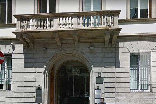 "Goldman Sachs ""set to boost Milan office"""