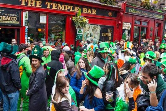 Milan goes green for St Pat's
