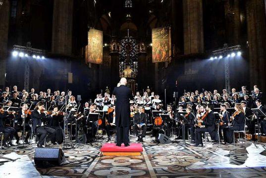 Free classical concert in Milan's Duomo