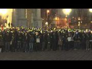 Christmas tree Flash Mob in Milan