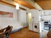 Ideal efficiency apartment, very central, perfect for one
