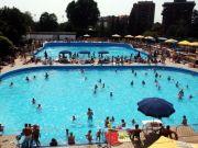Milan's swimming pools open