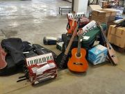 """Milan to sell off """"lost"""" musical instruments"""