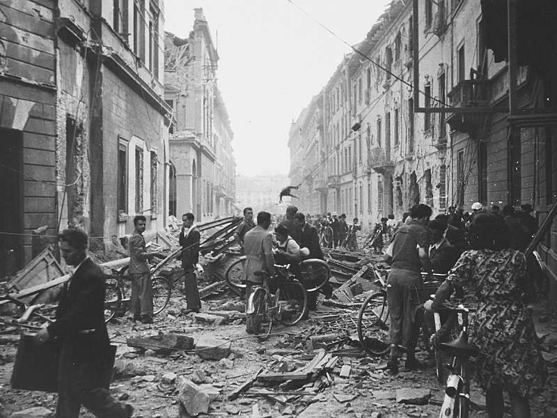Bombing and post-war reconstruction of Milan in exhibit